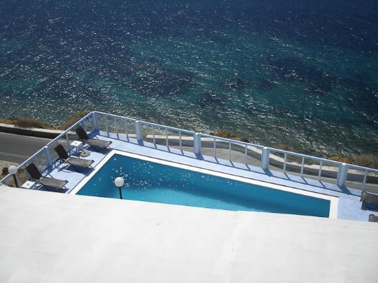 Vana Holidays Hotel: piscina