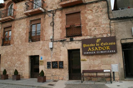 Lerma, Spanyol: Fachada del local.