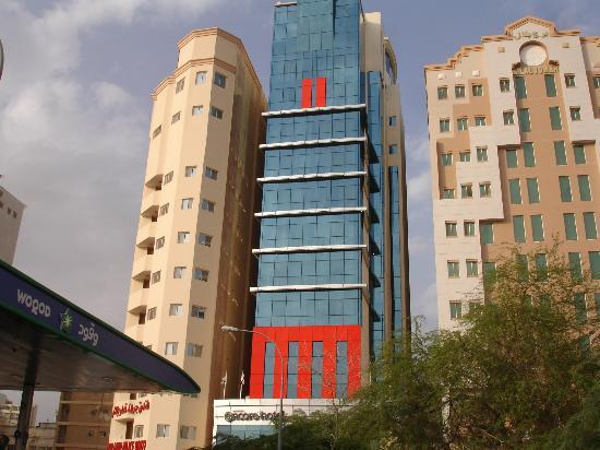 Ramada Encore Doha: Hotel center building