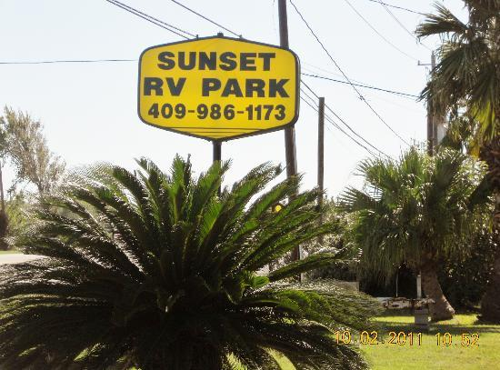Sunset RV Park: Park Sign on Hwy 6