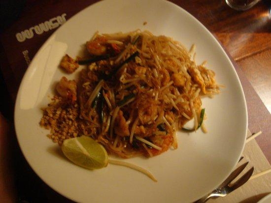 Busaba Eathai: i noodles