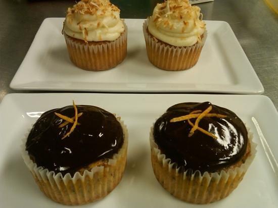 Opus Espresso & Food Bar: cupcakes