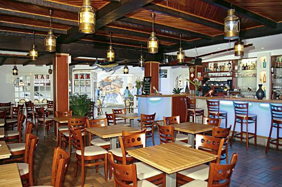 Logis de Bretagne : brasserie de l'hotel de bretagne