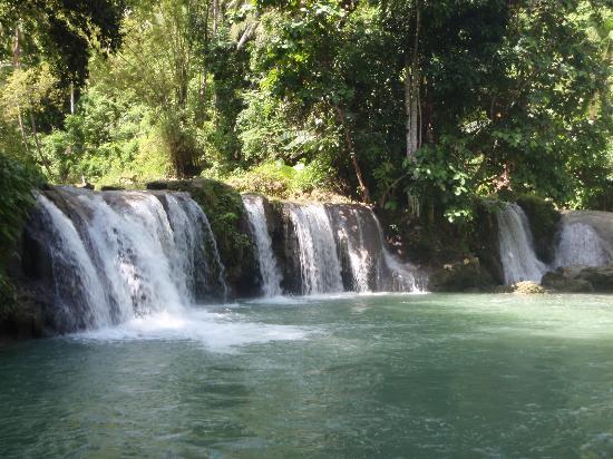 Cambugahay Falls : upper falls