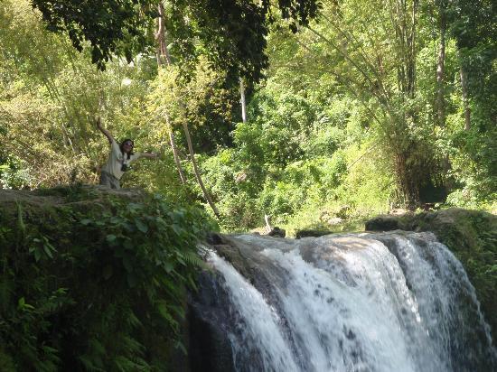 Cambugahay Falls : me...enjoying nature!