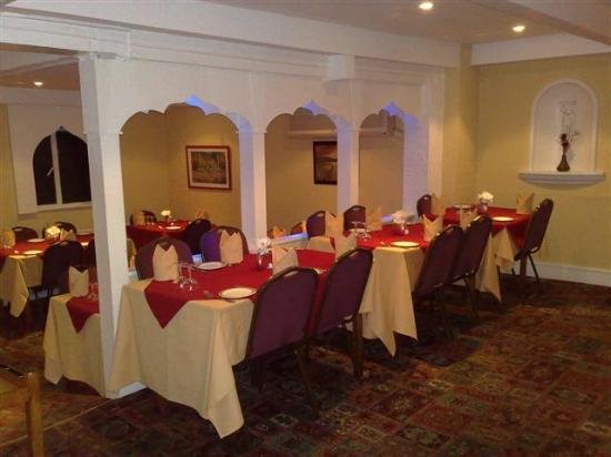 Shahi Raj: classic decor