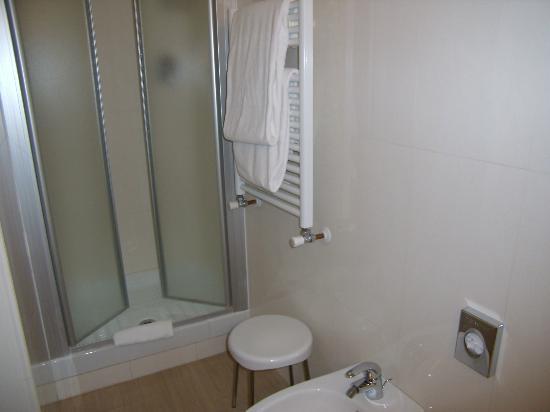 Best Western Hotel Porto Antico : bagno con doccia