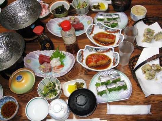 Minshuku Nozaki : 夕食は結構なボリューム