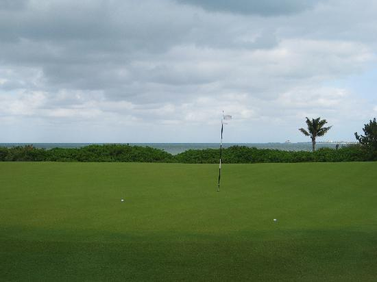Playa Mujeres Golf Club: 16th Hole