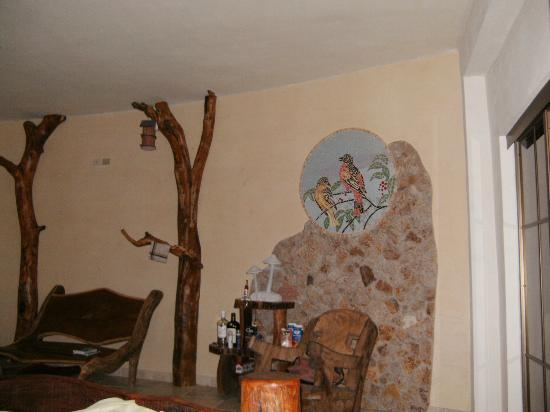 La Playita Resort: Small part of our room