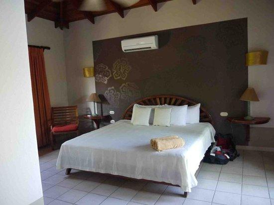 Cala Luna Luxury Boutique Hotel & Villas : Master Bedroom