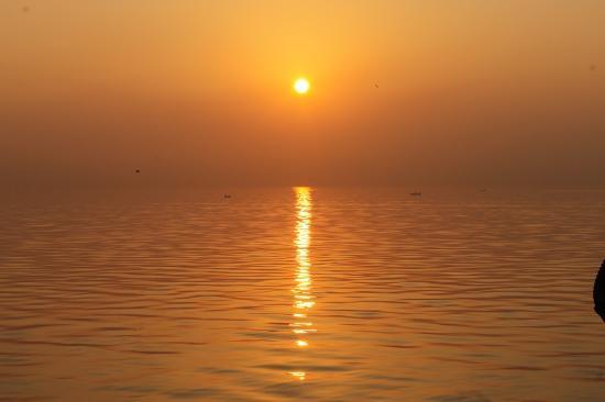Sewri Jetty: A beautiful sunrise