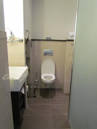 Hampshire Hotel - The Manor Amsterdam: bathroom