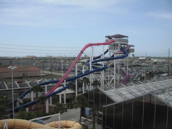 Schlitterbahn Galveston Island Waterpark: awesome view at schlitterbahn