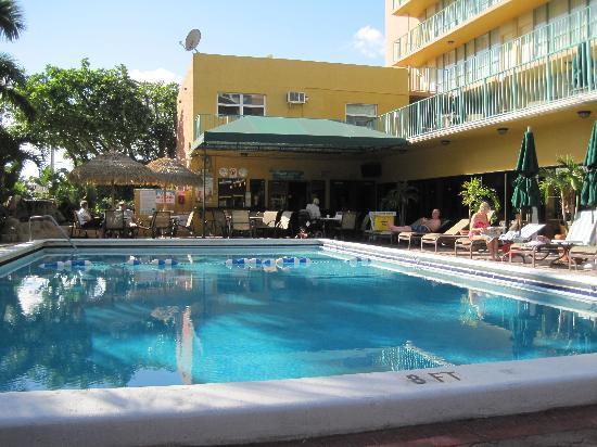 pool area picture of best western plus oceanside inn fort rh tripadvisor ie