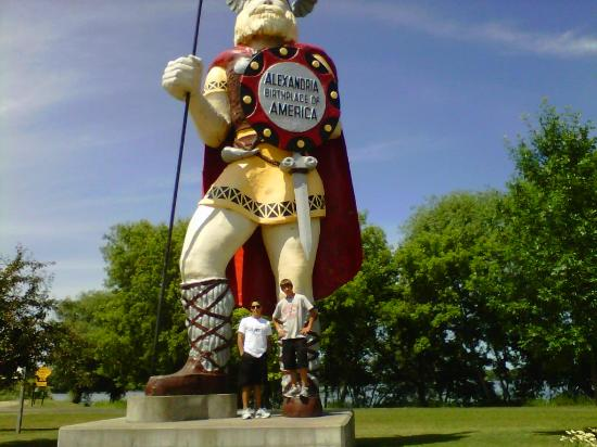 Big Ole Viking Statue: Big Ole Alexandria
