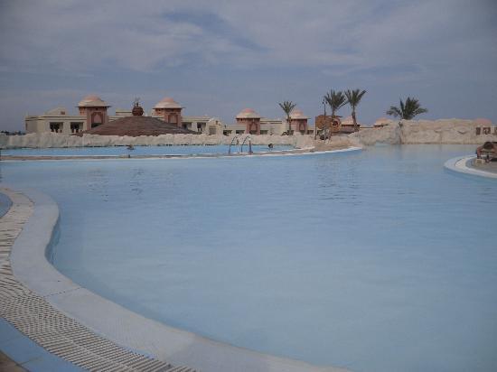 Serenity Makadi Heights: piscine