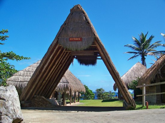Saint George Parish, Dominique : Traditional A-Frame structure at the Kalinago Barana Aute