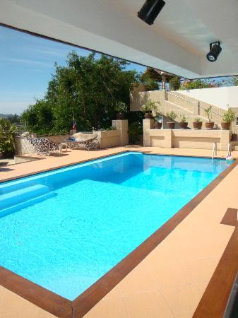 Swiss Villas Panoramic: La nouvelle piscine