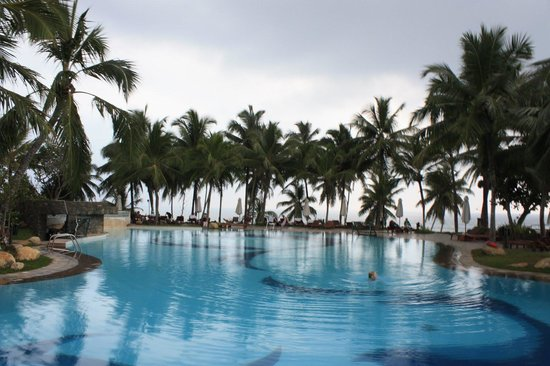 Vivanta by Taj - Bentota: Swimming Pool
