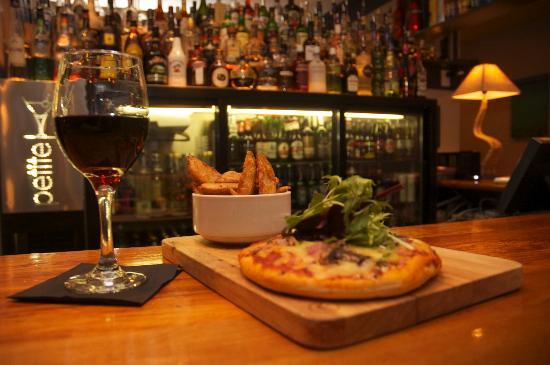Petite Wine & Dine: Pizza