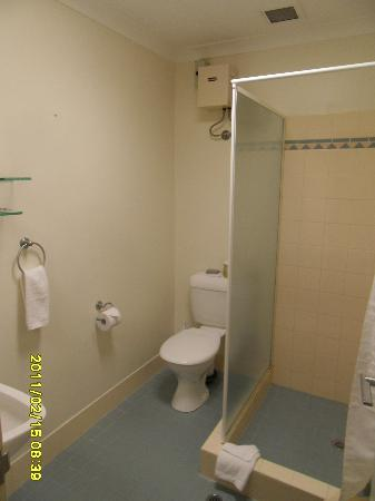 Comfort Hotel Perth City: Bathroom