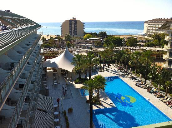 Caprici Verd: piscina
