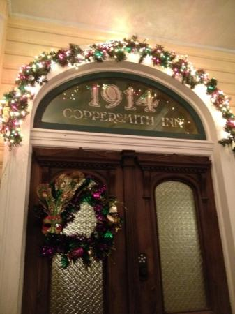 Coppersmith Inn Bed & Breakfast: Front Door decorated for Mardi Gras