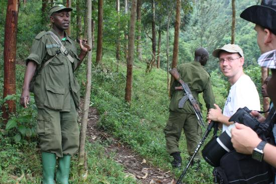 African Pearl Safaris: Our Group Gorilla Tracking