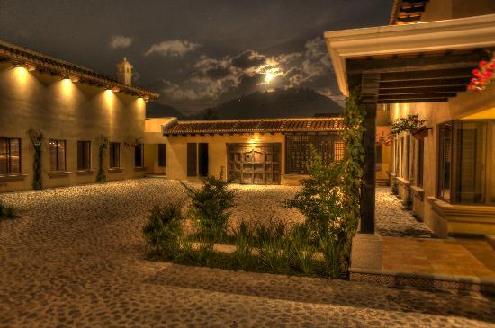 All Suite El Marques de Antigua: Una noche con la chimenea