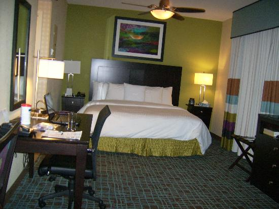 Homewood Suites by Hilton Fort Myers Airport / FGCU: suites avec lit king