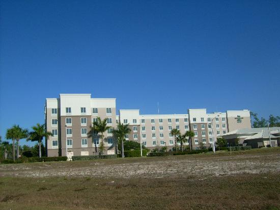 Homewood Suites by Hilton Fort Myers Airport / FGCU: hotel