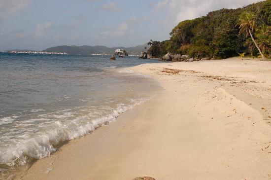 La Giralda: beach