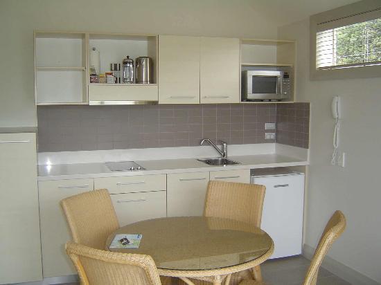 Hananui Lodge and Apartments: Interior 1