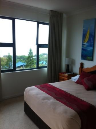 Santorini Twin Waters: Main bedroom