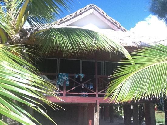 Raina Lagoon Villas: beachfront
