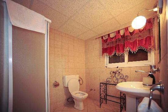 Villa 1000: double room bath room