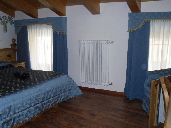 Hotel Garni Mountain Resort: Foto della camera dalla porta d'ingresso