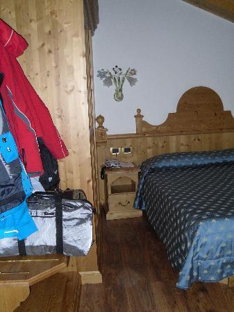 Hotel Garni Mountain Resort: Foto 2 della camera dalla porta d'ingresso