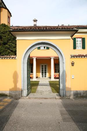 Guesthouse Castello Di Brusata: Benvenuti!