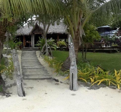 Oyster Island Resort Restaurant : Restaurant entrance