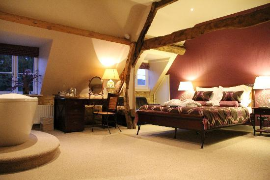 The Kings Hotel Chipping Campden Clifford Room Of House Situated In