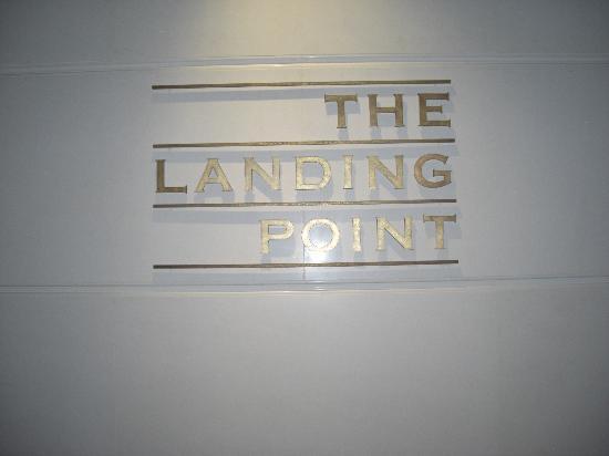 The Fullerton Bay Hotel Singapore: The Landing Point