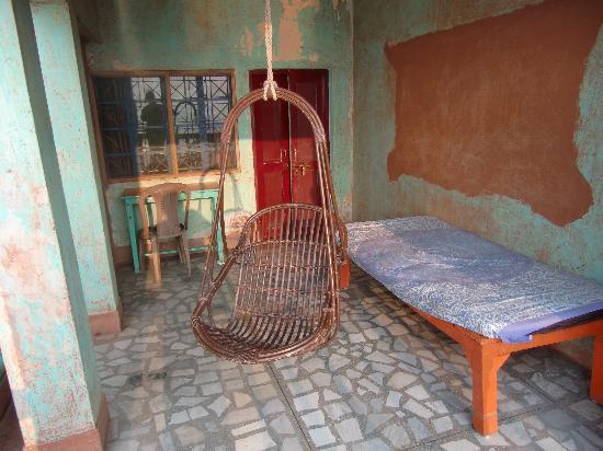 Ganpati Guest House: Terrasse