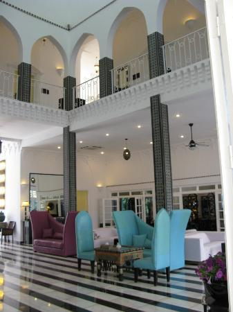 Coco Ocean Resort and Spa: hotel lobby