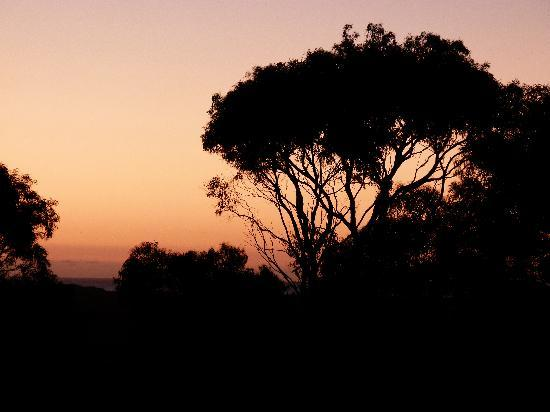 Epic Guest House: Sunset: view from the window