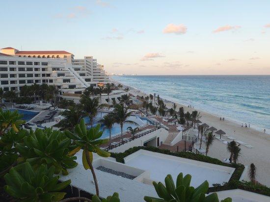 Grand Oasis Sens: Hotel Pool Area