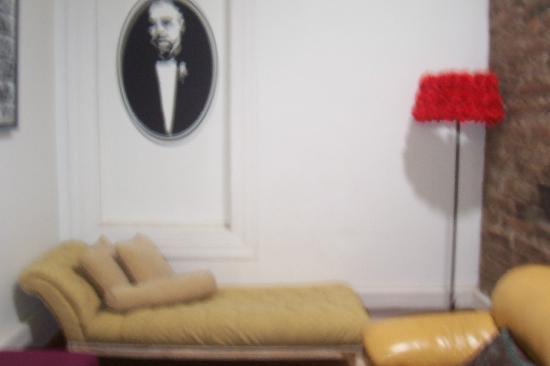 Casa de Triana: Parte de la fresca y cómoda sala de estar