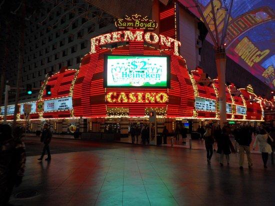 Casino fremont popular casino card games