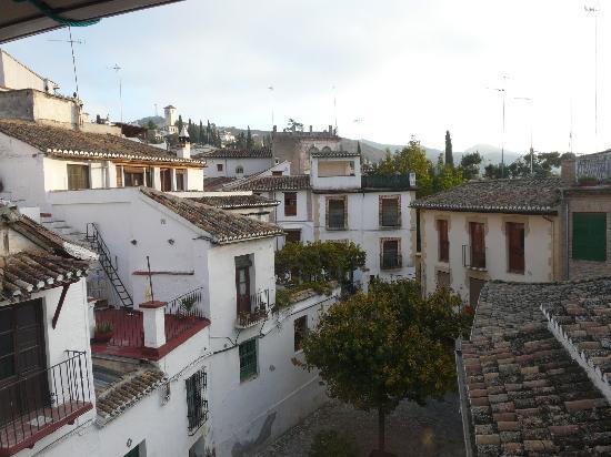 Casa del Aljarife - Granada: Daytime view from our room